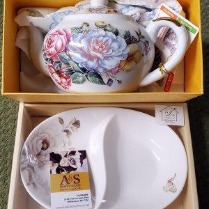 Porcelain Tea Pot, Tray